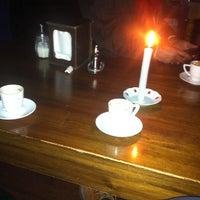 Foto tomada en Rumist Cafe por Muharrem B. el 2/17/2013