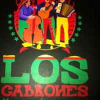 Foto tirada no(a) Los Cabrones Mexicano por Aline em 12/23/2012