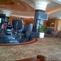 Photo taken at Sheraton Surabaya Hotel & Towers by Dendy S. on 2/8/2013