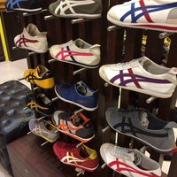 Photo taken at Onitsuka Tiger by Red_angel on 12/23/2013