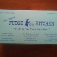 Photo taken at Fudge Kitchen by Gem on 10/9/2012