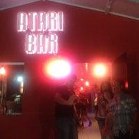 Foto tirada no(a) Atari Bar por Robson C. em 12/28/2012