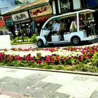 Photo taken at Alam-ol Hoda Street | خيابان اعلم الهدى by Pegi K. on 5/14/2016