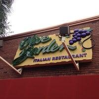 Photo taken at Olive Garden by Richard L. on 9/4/2013
