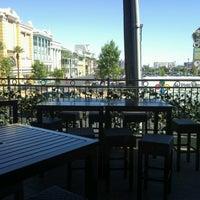 รูปภาพถ่ายที่ McMullan's Irish Pub โดย Eric D. เมื่อ 9/26/2012