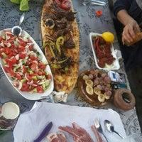 รูปภาพถ่ายที่ Uzunoğlu Rot-Balans โดย Sena U. เมื่อ 8/14/2016