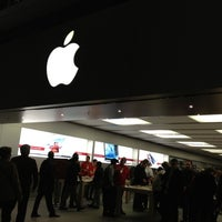 Photo taken at Apple Store by Sonia on 11/21/2012