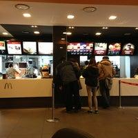 Photo taken at McDonald's by Sungjun Andrew K. on 2/5/2013