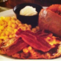 Photo taken at Cracker Barrel Old Country Store by Tonya D. on 11/23/2012