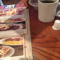 Photo taken at Cracker Barrel Old Country Store by Tonya D. on 12/24/2012
