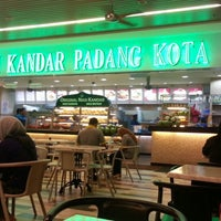 Photo taken at Nasi Kandar Padang Kota by saiful a. on 2/14/2013
