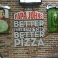 12/5/2012 tarihinde Vakur K.ziyaretçi tarafından Papa John's Pizza'de çekilen fotoğraf