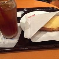 Photo taken at エクセルシオールカフェ 神戸三宮生田筋店 by 妄想 愛. on 8/16/2016