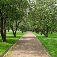 Снимок сделан в Яблоневый сад пользователем Dimon G. 10/18/2012