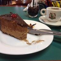 Foto tirada no(a) Cafeeira Garibaldi por Zé M. em 8/14/2014