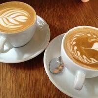 Das Foto wurde bei Chye Seng Huat Hardware Coffee Bar von Dennis Q. am 3/31/2013 aufgenommen