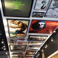 Photo taken at Red Robin Gourmet Burgers by Rachel K. on 10/7/2013