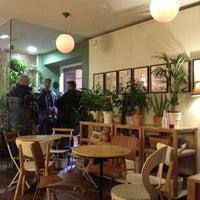 Photo taken at Café Botánico by Oscar N. on 12/5/2012