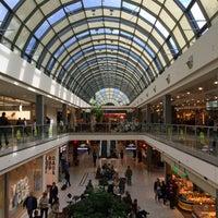 Das Foto wurde bei Olympia-Einkaufszentrum (OEZ) von Michelle D. am 9/14/2015 aufgenommen