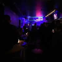 Das Foto wurde bei Die Rote Bar von Sophia K. am 2/17/2017 aufgenommen