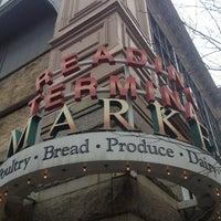 Foto scattata a Reading Terminal Market da Nikki a. il 1/25/2013