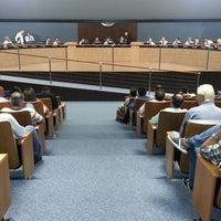 Foto tirada no(a) Câmara de Vereadores de Itajaí por Francielle H. em 2/19/2013