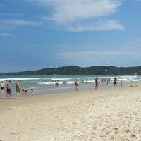 Photo taken at Praia do Mariscal by Leonardo d. on 1/17/2013