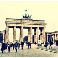 Photo taken at Pariser Platz by brends on 11/19/2012