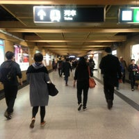 Photo taken at MTR Sheung Wan Station by Zoel T. on 3/21/2013