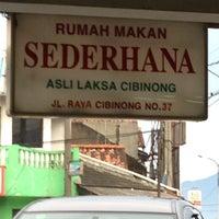 "Photo taken at Rumah Makan Laksa Cibinong ""Sederhana"" by Merlin on 3/12/2013"