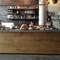 Foto tomada en Hopper Coffee & Bakery por marcel j. el 1/16/2013