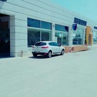 Photo taken at Renault/Kaptanoğlu Otomotiv by Mustafa A. on 6/16/2016