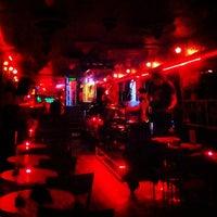 2/19/2013 tarihinde Eren A.ziyaretçi tarafından Fotoğraf Cafe & Bar'de çekilen fotoğraf