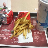 Photo taken at Wendy's by Kevin S. on 12/11/2016