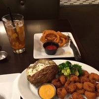 Photo taken at Ruby Tuesday by Kevin S. on 12/13/2013