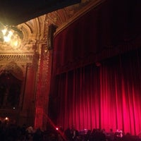 Foto tomada en The Chicago Theatre  por Mauricio C. el 12/7/2012