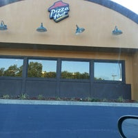 Photo taken at Pizza Hut by Delaine D. on 7/28/2014
