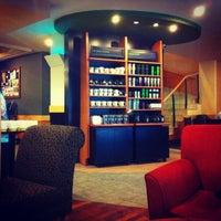 4/23/2013 tarihinde Fatih B.ziyaretçi tarafından Starbucks'de çekilen fotoğraf