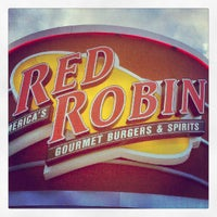 Photo taken at Red Robin Gourmet Burgers by iamreff on 7/29/2012