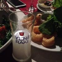 Foto tirada no(a) Fethiye Yengeç Restaurant por Eser B. em 10/23/2013