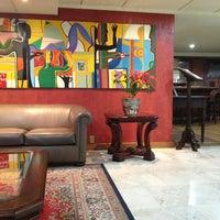 Foto tirada no(a) Hotel Embaixador por Milene B. em 1/25/2013