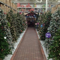 Photo taken at Lowe's Home Improvement by Gary H. on 10/9/2012