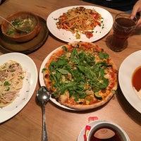 Das Foto wurde bei Pizzeria Kegelbahnen Simmer von AingAung. am 9/19/2017 aufgenommen