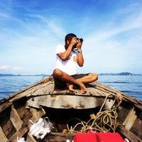 Photo taken at กลางทะเล อันดามัน by Pattarawan S. on 11/16/2013