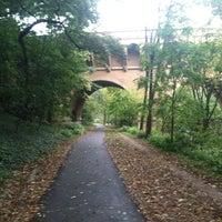 รูปภาพถ่ายที่ Rock Creek Running Trail โดย Claire M. เมื่อ 10/4/2012