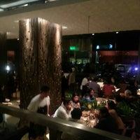 Foto tomada en Papacho's por Edson R. el 9/22/2012