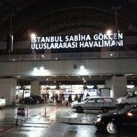 4/16/2013 tarihinde Cemal K.ziyaretçi tarafından İstanbul Sabiha Gökçen Uluslararası Havalimanı (SAW)'de çekilen fotoğraf