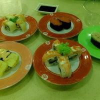 Photo taken at Sakae Sushi by Elmy Y. on 1/2/2015