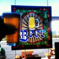 Снимок сделан в Beer пользователем The H. 7/6/2013