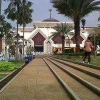 Photo taken at Masjid Agung At-Tin by Yoga Heru G. on 10/31/2012